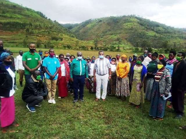 Executive Director of AHDO have been praised to visit Yanze Horticulture Promotion Cooperative (YAHOPROC)